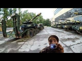 Нашли ВОЕННУЮ БАЗУ! Место заброшенное, а танки новые.. Сталк, диггеры искали бункер