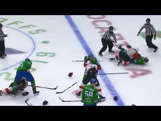 Драка на последней секунде 4-й игры Салават Юлаев vs Авангард