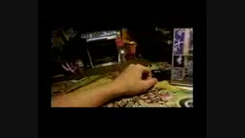 Околофутбола и белая баночка 11DeadFace