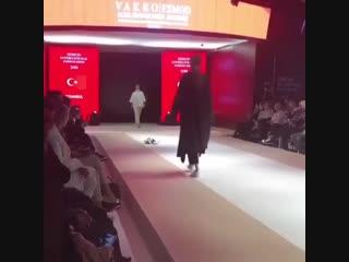 Котик - лучшая модель