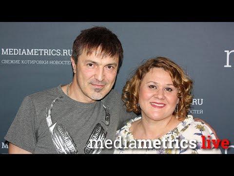 Шоумастгоуон Алексей Потехин в шоумастгоуон с Ольгой Максимовой