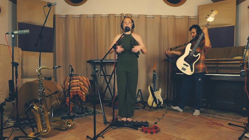 Better Days Live Looping at The Boathouse Studio - Yazmyn Hendrix
