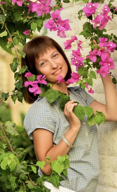 Александра Лосева (Сатарова)