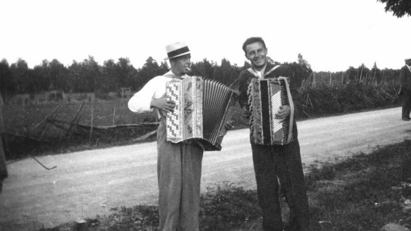 Syntipukki, Viljo Vesterinen, Paavo Raivonen ja Dallapé-orkesteri v.1935.