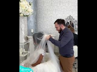 Идеальная прическа невесты