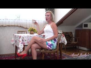 [auntjudys.com] kate (masturbating tea time with kate) [2019, mature, solo, small tits, masturbate, 1080p]