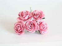 Maxi розы 4 см с закругленными лепестками - розовые  1 шт - 25 руб  Диаметр 3,5-4 см высота 2 см длина стебля 9 см