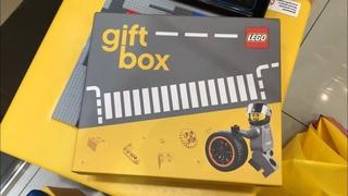 Влог из Мира Кубиков / Эксклюзивный Мини Бэтмобиль 40433 в новом Гифт-Боксе от Мира Кубиков ?!