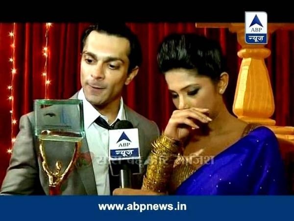 Karan and Jennifer's sizzling chemistry gets awards