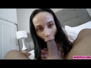 Crystal rush sexy mom travels (3) please dont go