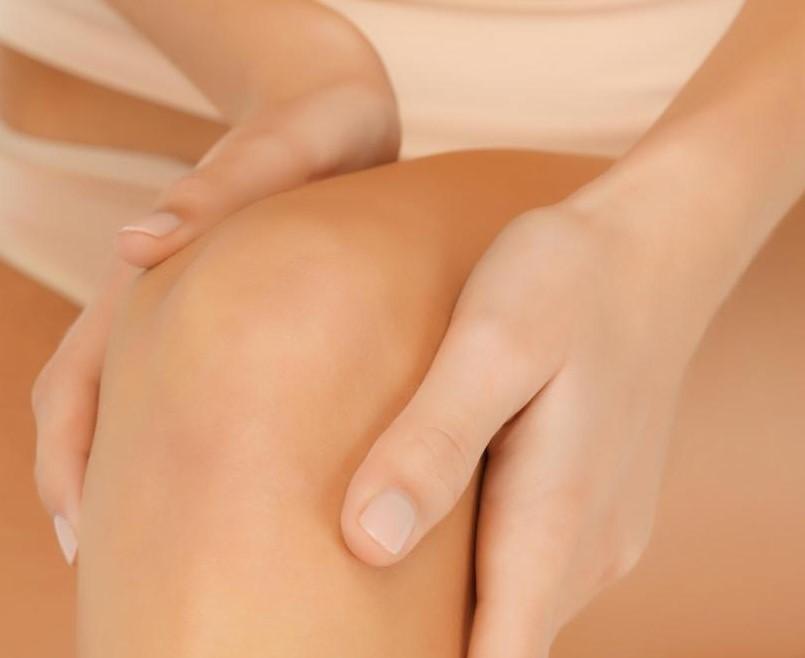 Синовиальная жидкость может быть найдена в коленном суставе.