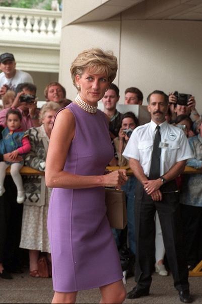 Кристен Стюарт сыграет принцессу Диану в новом фильме Чилийский кинорежиссер Пабло Ларраин, четыре года назад снявший фильм Джеки о Жаклин Кеннеди, приступил к работе над новой лентой