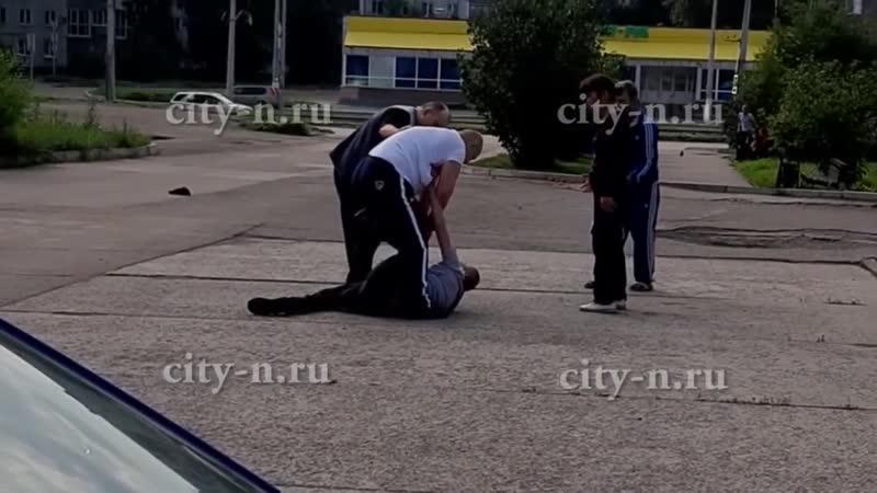 Кровавая драка в заводском районе Новокузнецка.