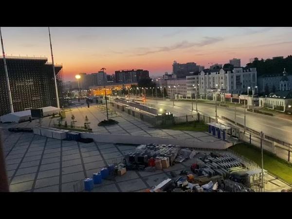 Центральный стадион разбудил Екатеринбург в 3 часа ночи песнями про десантников