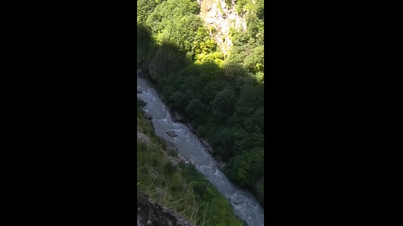 Черекское ущелье река