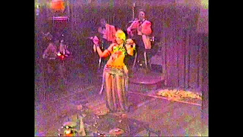 Cymbal Solo Aida Al Adawi SF Greek Taverna 1982 1