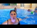 Группа Aqua baby Ярославы Косулиной в бассейне