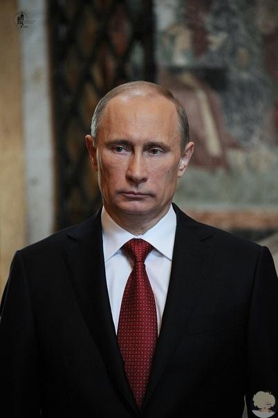 Владимир Меньшов обратился к президенту Владимиру Путину лично и попросил его наконец разрешить проблему неравноправия людей в России «Разве вы не видите, что происходит в России Такого не было