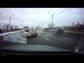 Тверь, 2-я красина лобовое столкновение, 20/02/2020