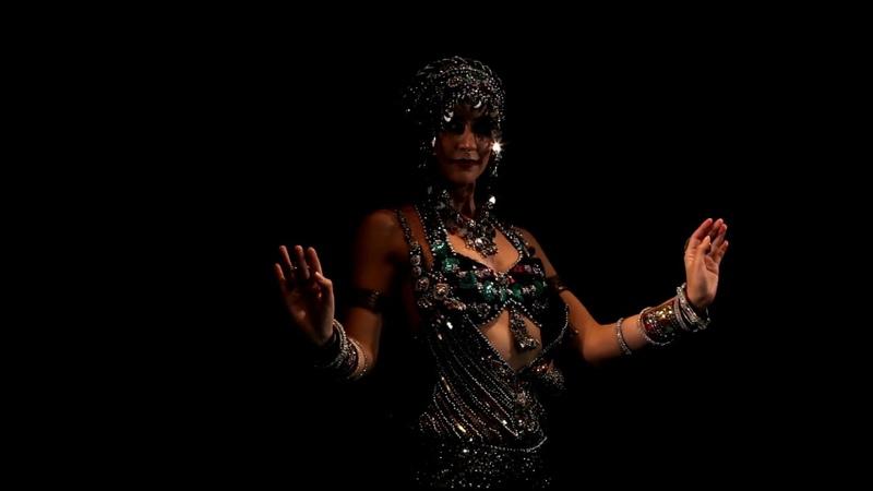 Kira Lebedeva aka Habibi Lal @ Retro Style