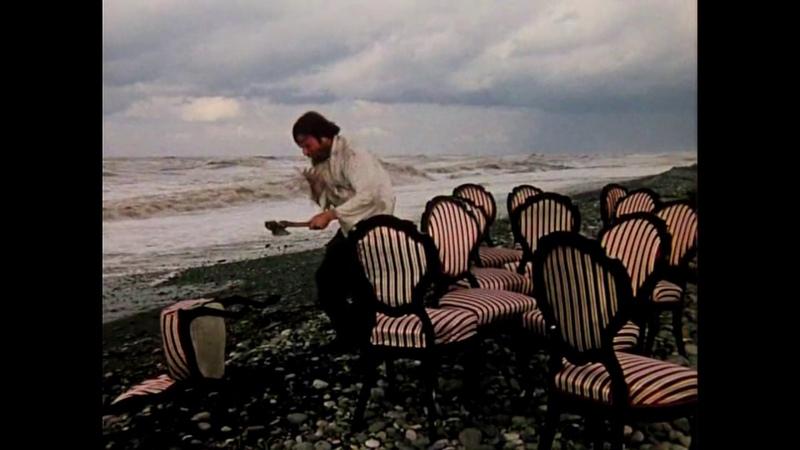 12 стульев Отец Федор ломает стулья