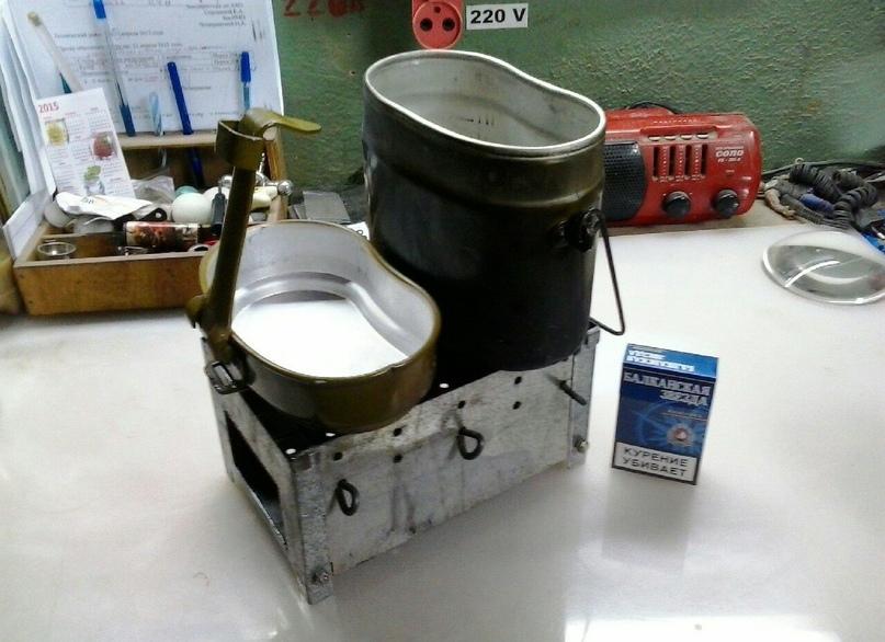 Оригинальная печь - щепочница.