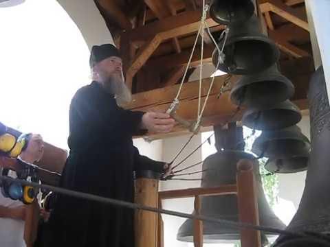 Trinity Sergey Lavra peal Игумен Антоний Лаврский звон