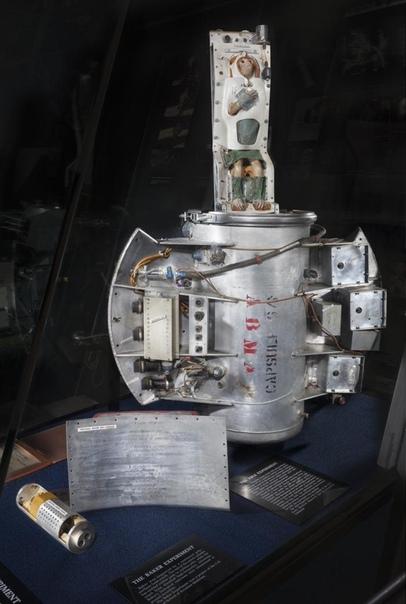 Биокапсула макаки Эйбл. 28 мая 1959 года с мыса Канаверал на ракете Юпитер в этой капсуле в космос полетела самка макакирезус Эйбл. В другой капсуле на этой же ракете летела самка беличей