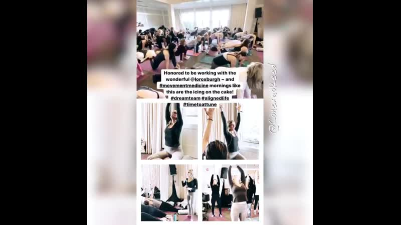 Crystal Reed @CrystalmReed toda relaxada fazendo os exercícios de Yoga no projeto da Attune em Atlanta no vídeo acima. 23