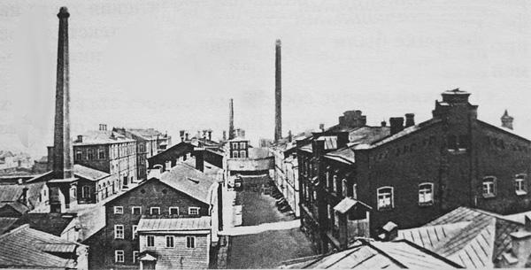 Двор текстильной фабрики К. Паля Фото начала 1900-х гг. http://www.citywalls.ru/photo13020.html?s=1m1m83sfn71ptue7tvrf0hrgs4