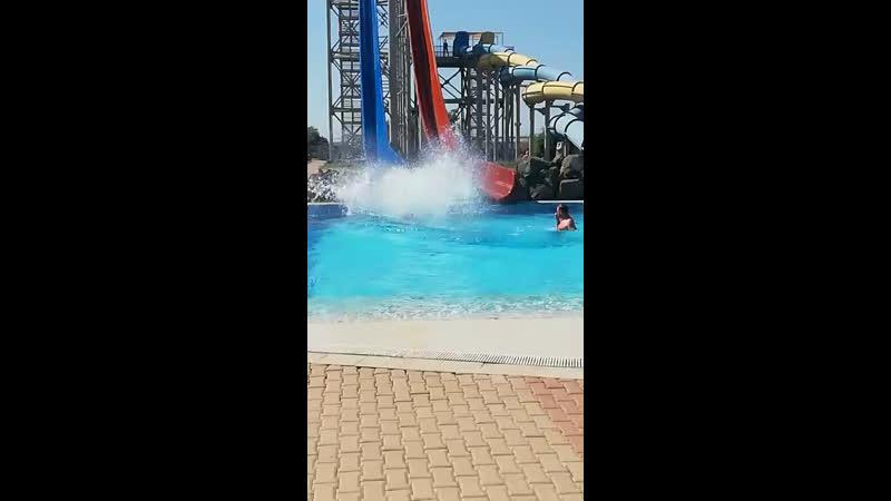 Аквапарк Банановая республика КрымК