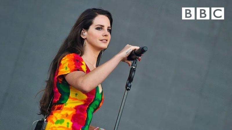 Lana Del Rey performs 'Ultraviolence' Glastonbury 2014 BBC