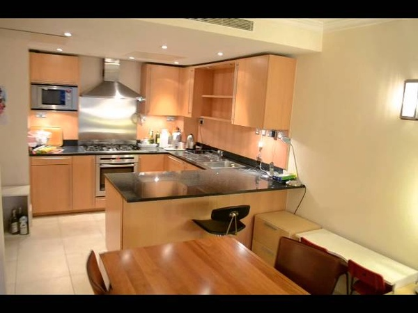 2 bed flat to rent in Coleridge Gardens SW3 Knightsbridge London Benham and Reeves Lettings