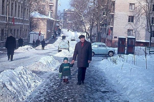 Хоть и холодно на улице. но фото тёплое и душевное. Правда