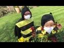 Robert Fripp and Toyah Wilcox as bees