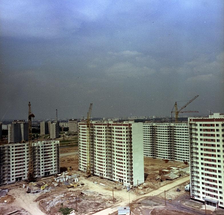 Строительство жилых домов серии П-3 в Олимпийской деревне. Москва ~1980 год.