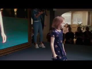 Ангел и Я исполняет Вика Старикова
