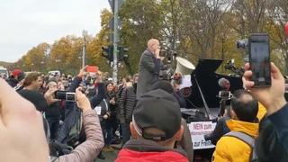 Querdenken #b1811: Hansjörg Müller (AfD) hält Rede zum Ermächtigungsgesetz