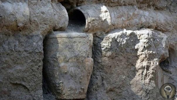 Совершенная система очистки воды древних персидских замков Система труб и акведуков, возраст которых почти пять тысяч лет, были обнаружены в замке Боруджерд в провинции Лорестан в Иране. Во