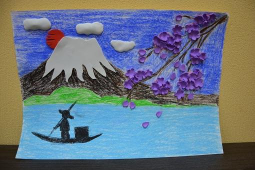 Циминданова Арина. Рисунок Фудзияма во время цветения сакуры. Бумага, карандаш, полимерные материалы.