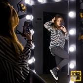 Зеркало с лампочками Hollywood