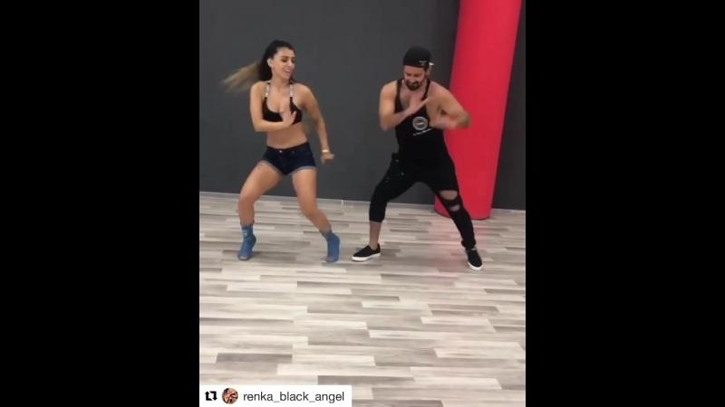 Известный певец Малума показал в Instagram танец с участием азербайджанских танцоров Ренки Black Angel и Фарида Мехтиева