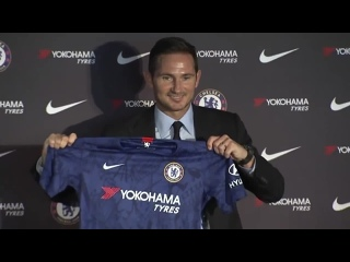 Say cheese, Frank! - - Lampard holds the CFC shirt aloft as he is unveiled at Stamford Bri