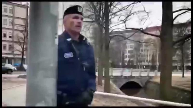 Я люблю тебя жизнь этой советской песней финские полицейские призывают всех соблюдать режим самоизоляции Горячие финские парни