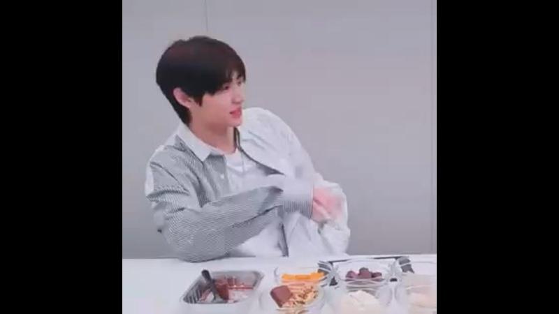 ᅠᅠᅠᅠ i need jjongsaeng next to me for my tension to go up i'll bring jjongsaeng here soon