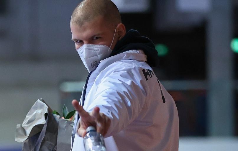 Триумф воли. Димитри Кюттель вернулся в спорт после рака, Антонио Серрадилья вновь в игре, потеряв глаз, изображение №6