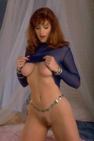 Julia Hayes