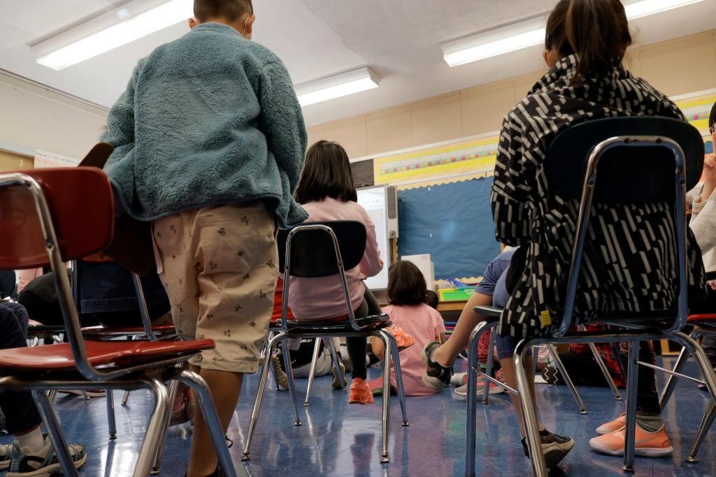 Школьник провел 3 дня в ТЦ, пока его искали родители, волонтёры и полиция
