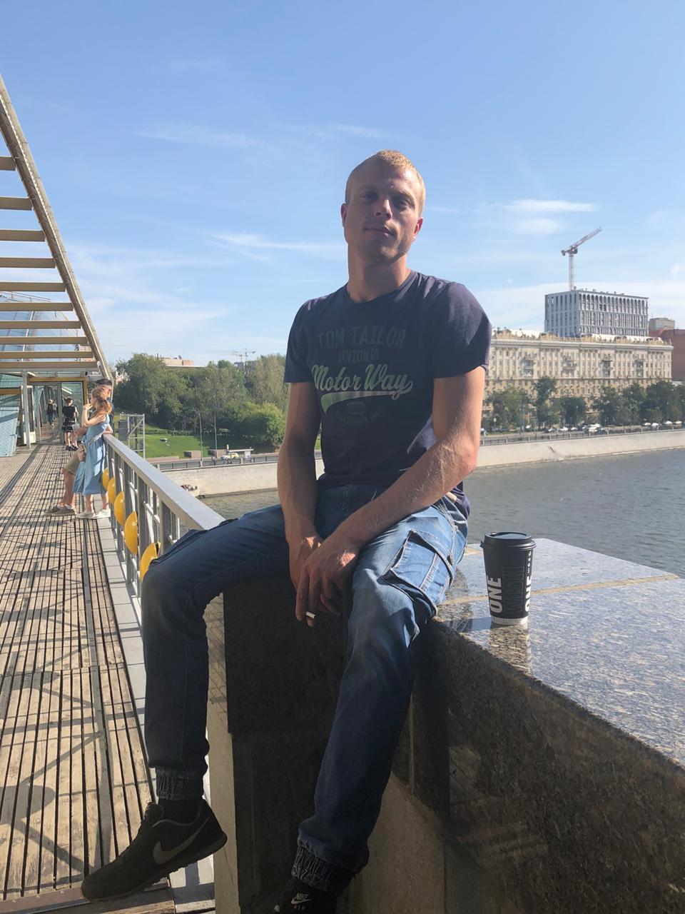 Борис, 25, Belinskiy