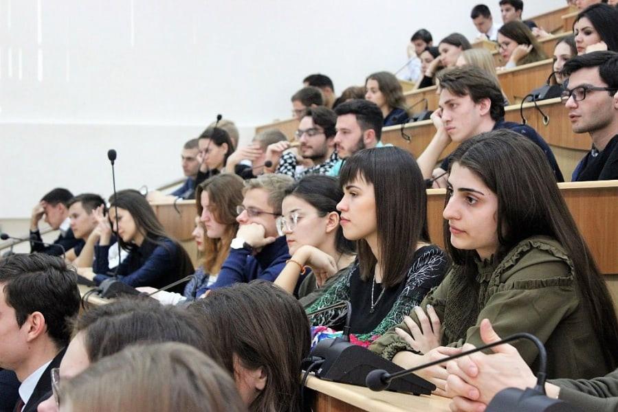 Студенты Краснодарского политехнического техникума вернулись к занятиям в...